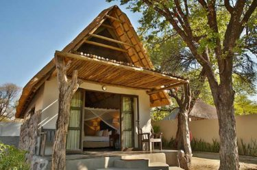 Thamalakane River Lodge Babbler Chalet