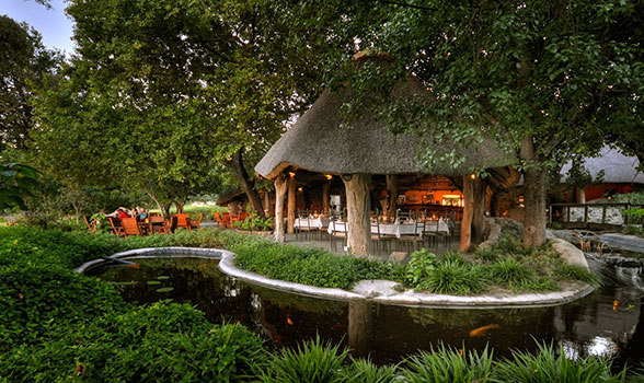 Thamalakane River Lodge Restaurant